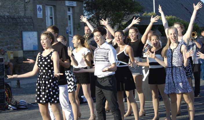Concert Electric Youth Orchestra - Barfleur